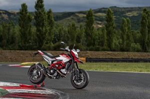 Hypermotard_SP_MY15_09
